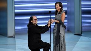 Glenn Weiss proposes to Jan Svendsen at the