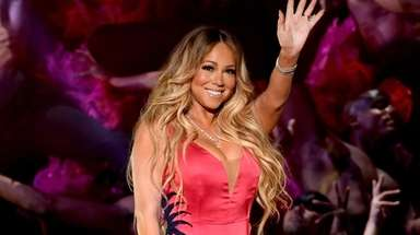 Mariah Carey performs at the American Music Awards