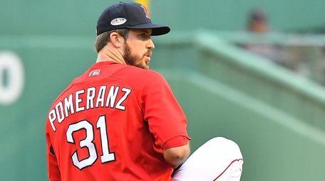 Red Sox starting pitcher Drew Pomeranz during warmups