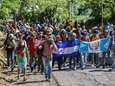 Honduran migrants take part in a new caravan