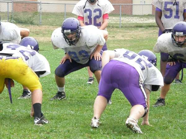 Defensive end Andrew Oberg of Islip during practice