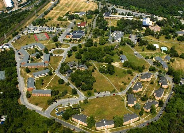 Pols Revisit Southampton Campus Closure Newsday