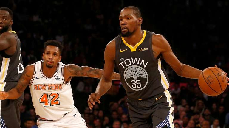 905e7a5cb5c Kevin Durant scores 25 of his 41 points in fourth quarter as ...