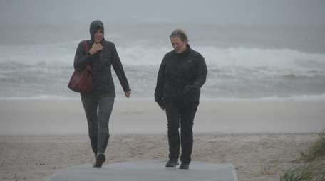 Braving the wind at Rogers Beach in Westhampton