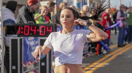 Laura Cummings of Bay Shore finishes first in