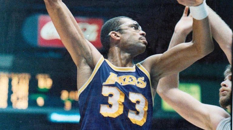 The Lakers' Kareem Abdul-Jabbar takes a hook shot