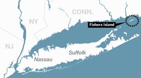 A map showing the location of Fishers Island.