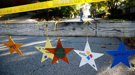 Stars with messages like 'Pittsburgh Strong' and 'Stronger