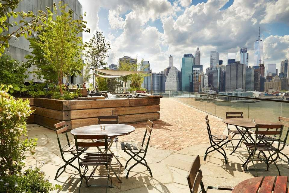 The rooftop bar at the 1 Hotel Brooklyn
