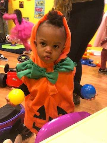 Granddaughter Caydence lil pumpkin