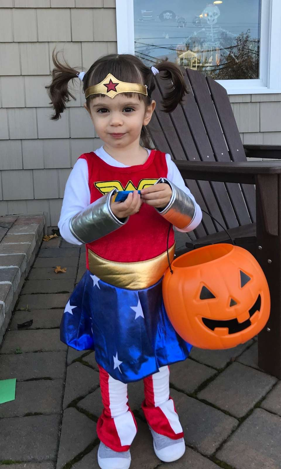 Our Wonder Woman, Zoey