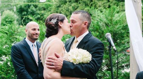 Bride and bridegroom Antha Flood and Joe Vinarski