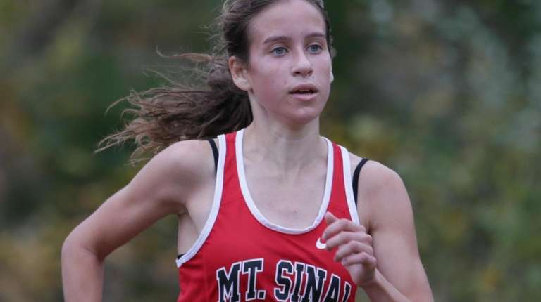 Sarah Connelly of Mt. Sinai won the Girls
