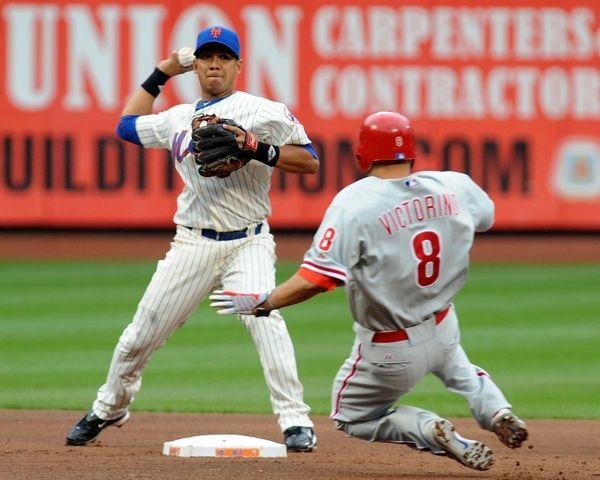 FILE - New York Mets' Luis Hernandez (3)