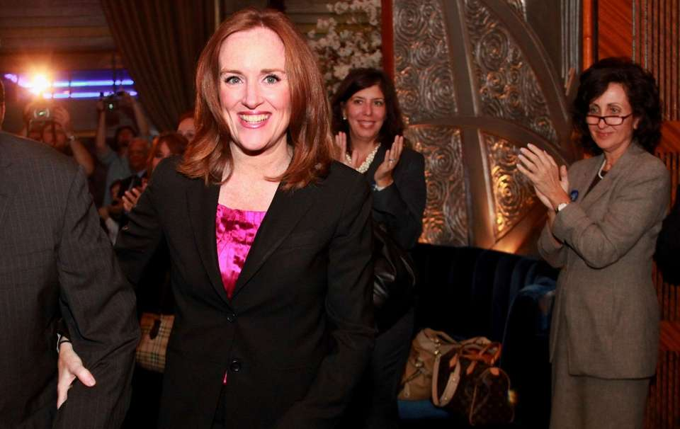AG candidate Kathleen Rice arrives at her campaign
