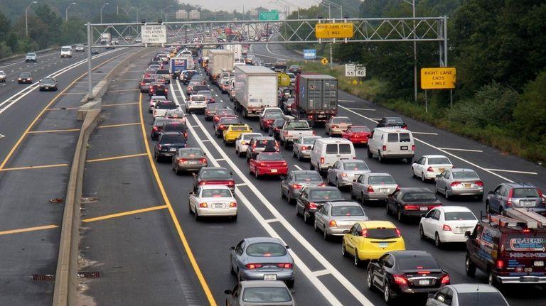 Long Island Expressway Overnight Construction