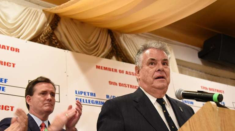 Rep. Peter King (R-Seaford) speaks to supporters at
