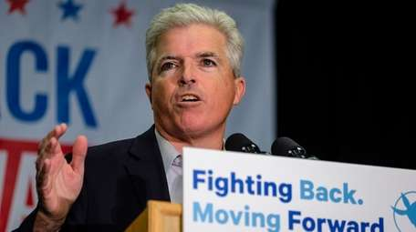 """Steve Bellone speaks during a """"get out the"""