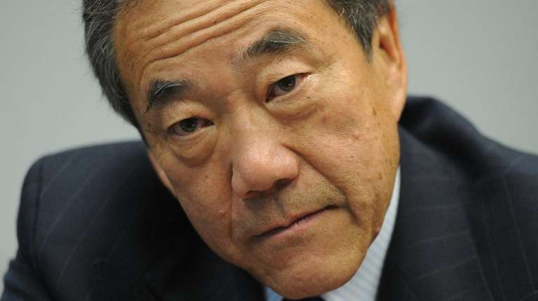 NY Islanders owner Charles Wang during an interview