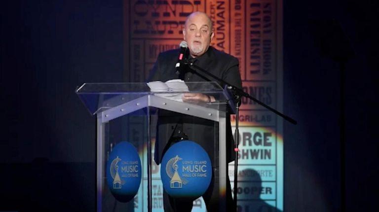 Billy Joel inducted his fellow Long Islander singer-songwriter