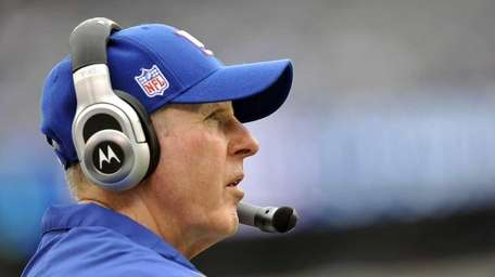 Tom Coughlin and the Giants are 1-2 after