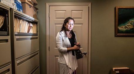 Yeny Iñiguez, Felipe's wife, in their lawyer's office