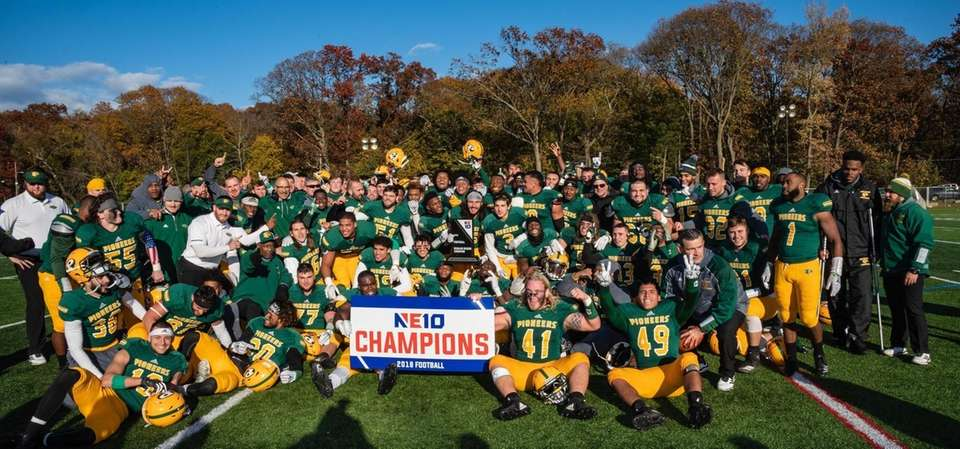 Victorious LIU Post Pioneers after defeating the New