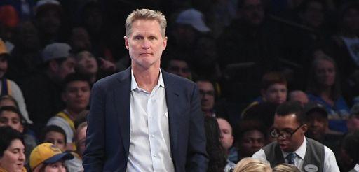 Golden State Warriors head coach Steve Kerr looks
