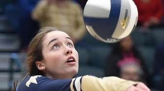 Shannon Carey #14 of Bayport-Blue Point makes a