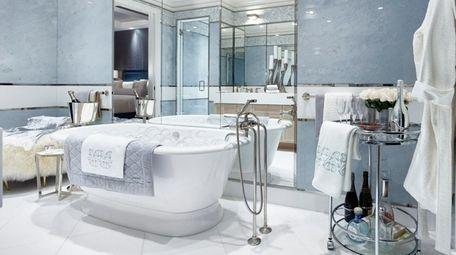 Iris Dankner bathroom.