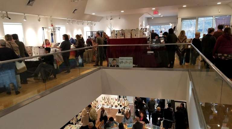 The Art League of Long Island's 55th Holiday
