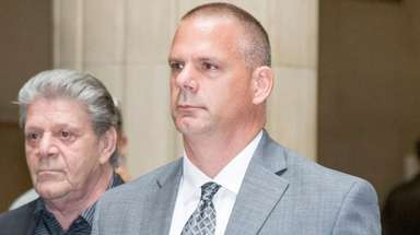 Salvatore Cecere leaves Nassau County Court on Sept.