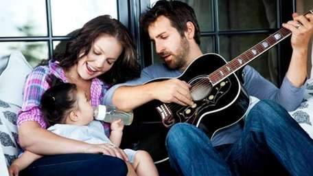 Katherine Heigl, Josh Kelley and their daughter Naleigh,
