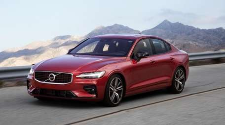 The 2019 Volvo S60 R-design sedan offers a