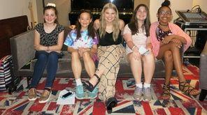 Singer Brynn Elliott with Kidsday reporters Leah Devoe,