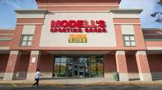 Modell's Sporting Goods will close this Riverhead location