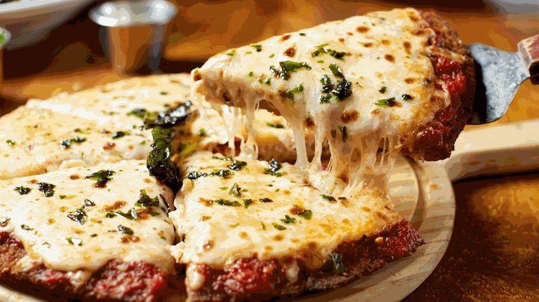 Viaggio Italian Chop House in Rockville Centre offers