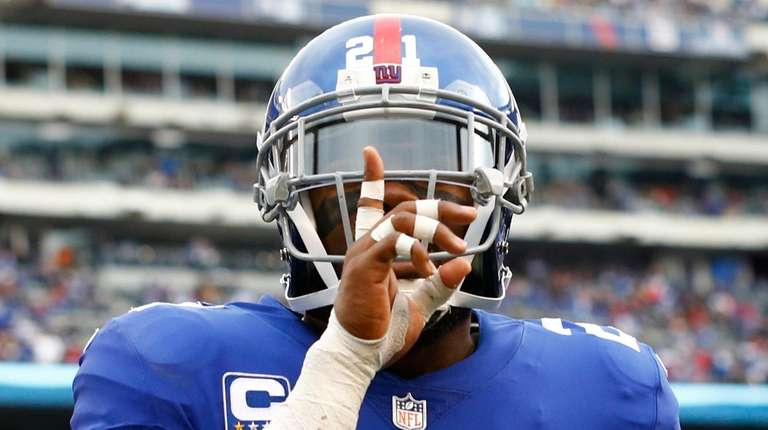 Giants safety Landon Collins celebrates after breaking up