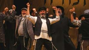 Steven Skybell stars as Teyve in National Yiddish