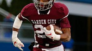 Trevor Yeboah-Kodie #24 of Garden City runs the