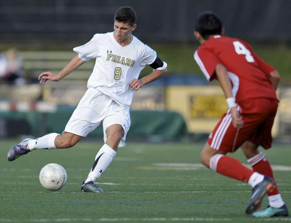 St. Anthony's Andrew LoManto is about to score