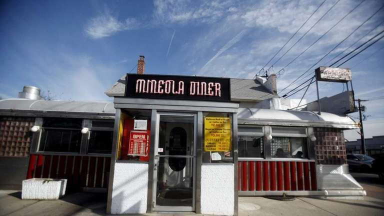 Mineola Diner | Newsday