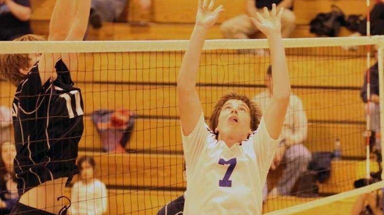 Port Washington's Kevin Nardone centers the ball in