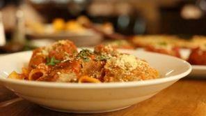 Lorenzo Robles, chef atViaggio Italian Chop House in