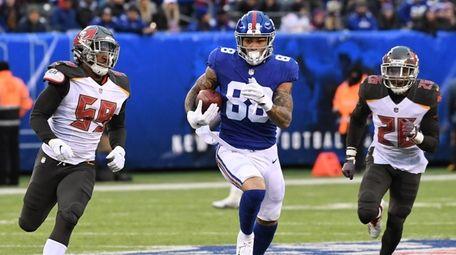 Giants tight end Evan Engram breaks away on