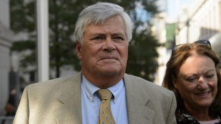 Ex-State Sen. Dean Skelos leaves federal court in
