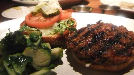 Veggie burger at Houston's, Garden City