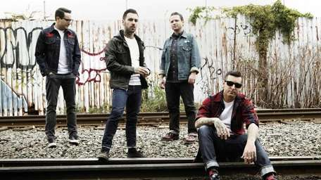 Members of the group Bayside.