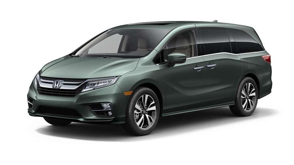 A 2018 Honda Odyssey is shown in this
