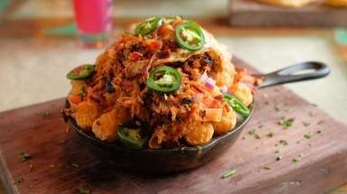 A skillet of Totchos, a spin on nachos